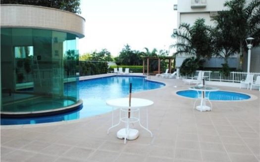 Excellence-Barra-da-Tijuca-Peninsula-Piscina-525x328