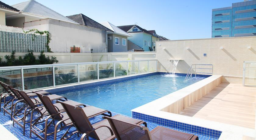 Option-Residence-Service-Recreio-Piscina